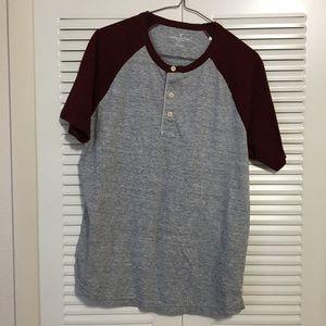 American Eagle Dark Red and Grey Shirt Size Medium